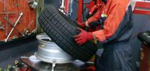 タイヤ交換・パーツ取り付けのメイン画像